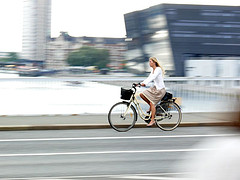 woman_bike_copenhagen.jpg