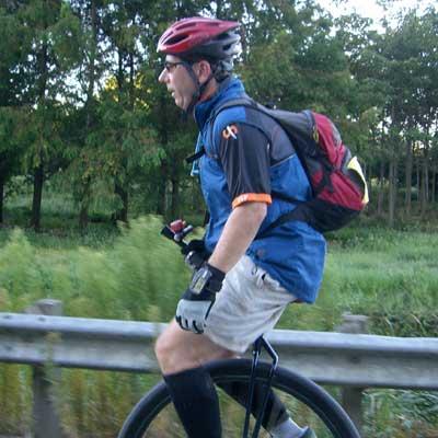 unicycle_ms150.jpg