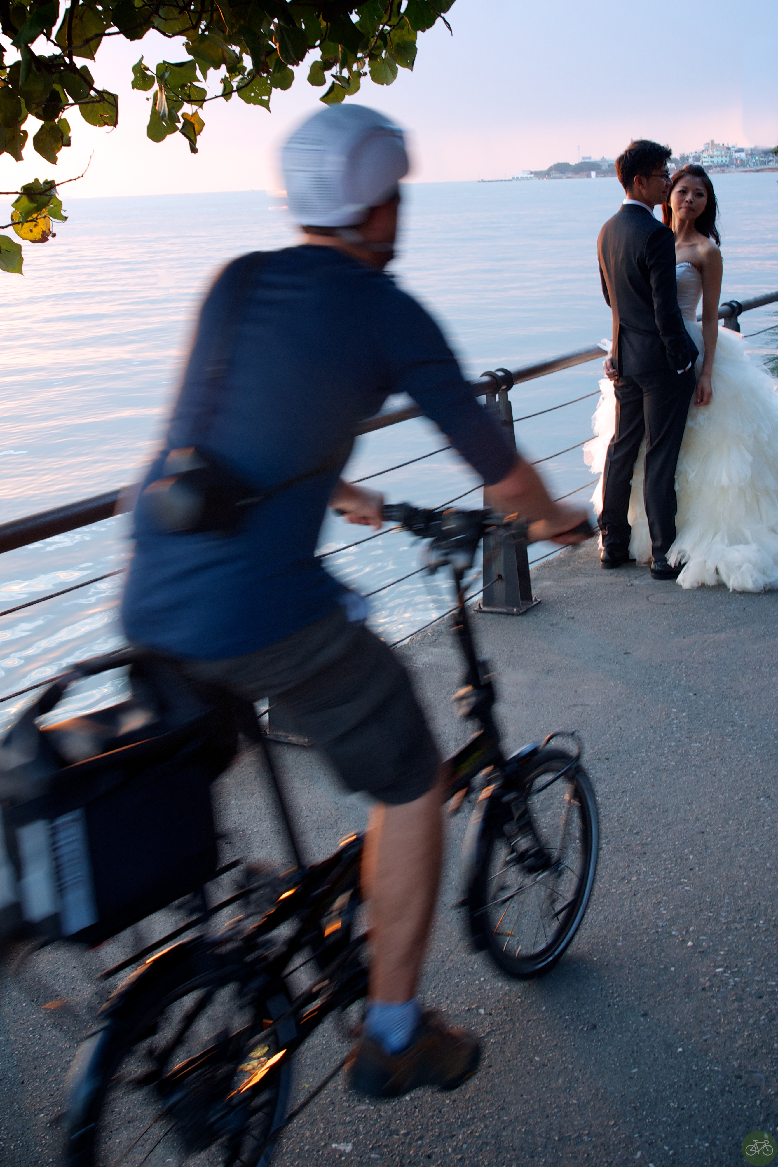 a Taipei Bride on the Boardwalk
