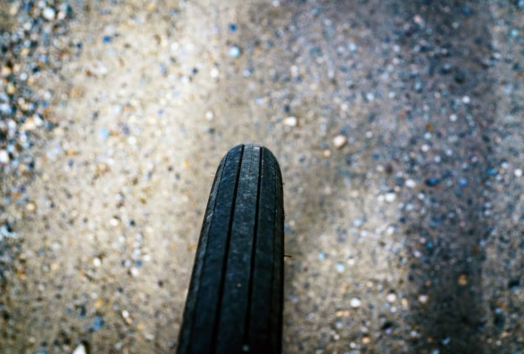 float_big_tire