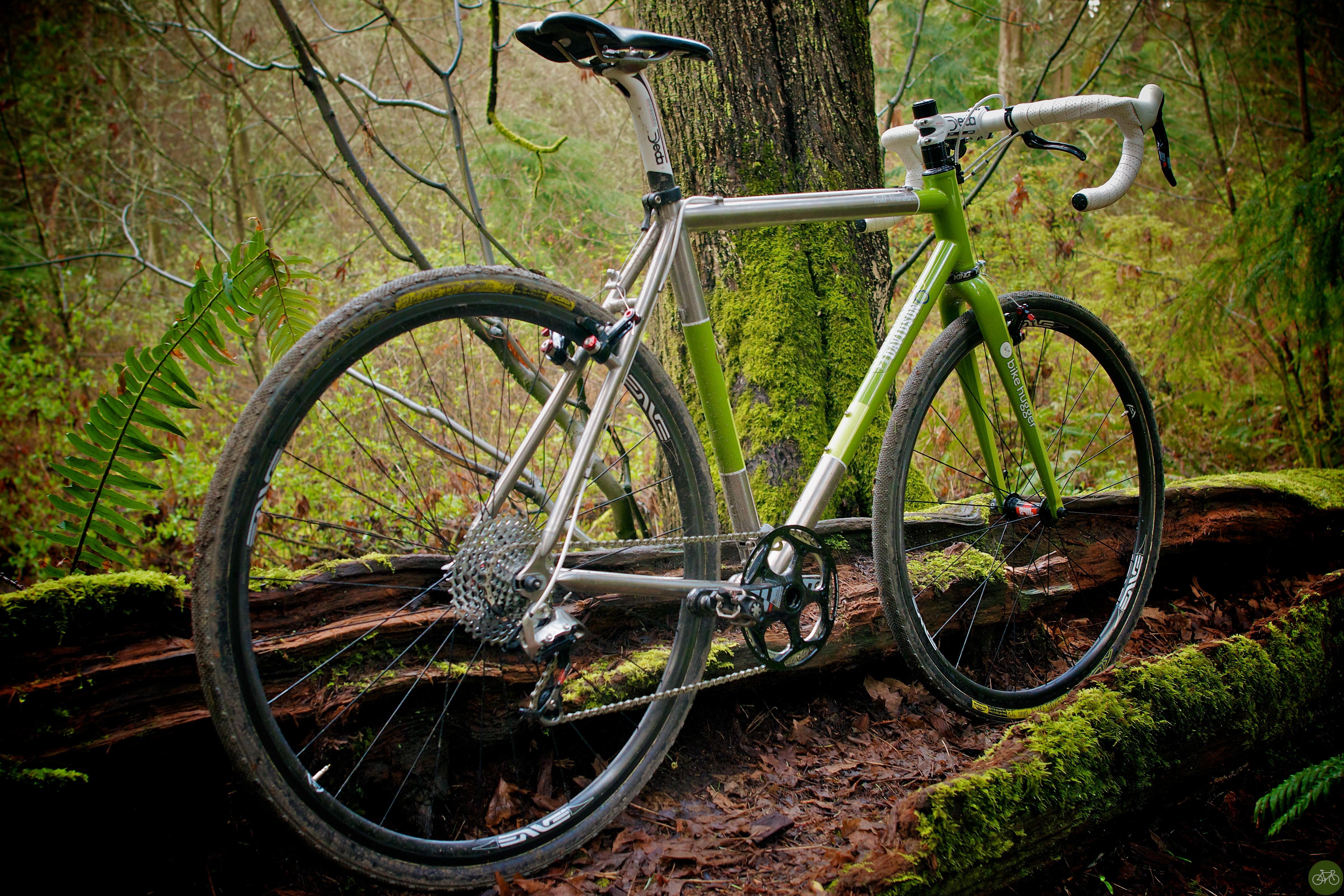 Gully photos of the D-Plus, our latest #makebikes project.